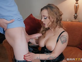 Blonde whore in leather underwear Liza Del Sierra gets cum out of reach of jugs
